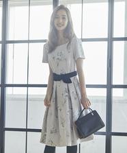 【美人百花 10月号掲載】フラワープリントXフロッキーワンピース
