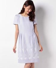 裾3D刺繍タイトワンピース