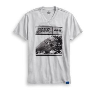 115thアニバーサリー・VネックスリムフィットTシャツ