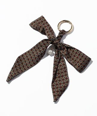 リボンスカーフのバッグチャーム