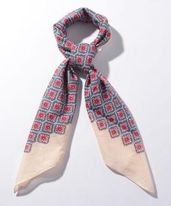 GX81 CARRE スカーフ