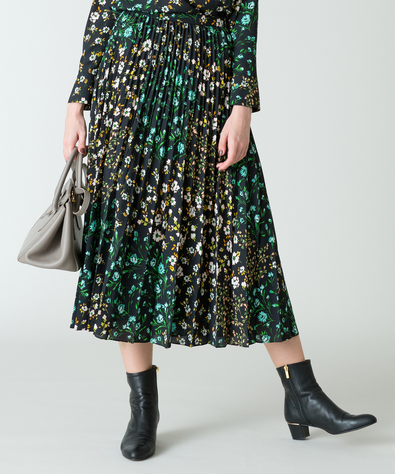 【LOULOU WILLOUGHBY】パッチワークフラワープリーツスカート