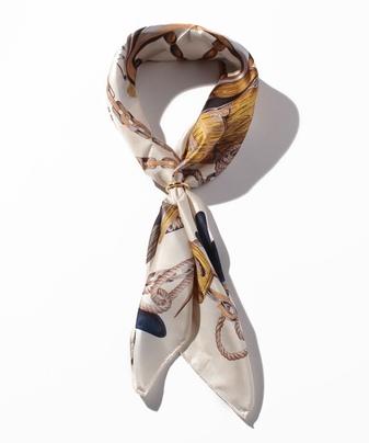 リングツキシルクスカーフ