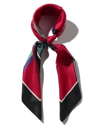キカガラシルクスカーフ