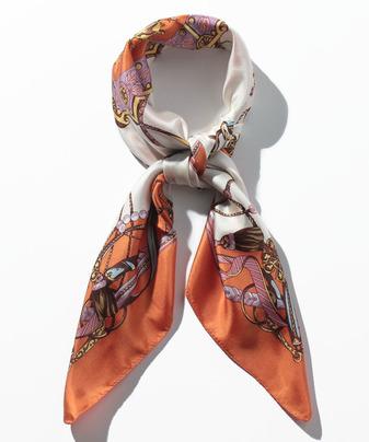 クラシカルパターンシルクスカーフ