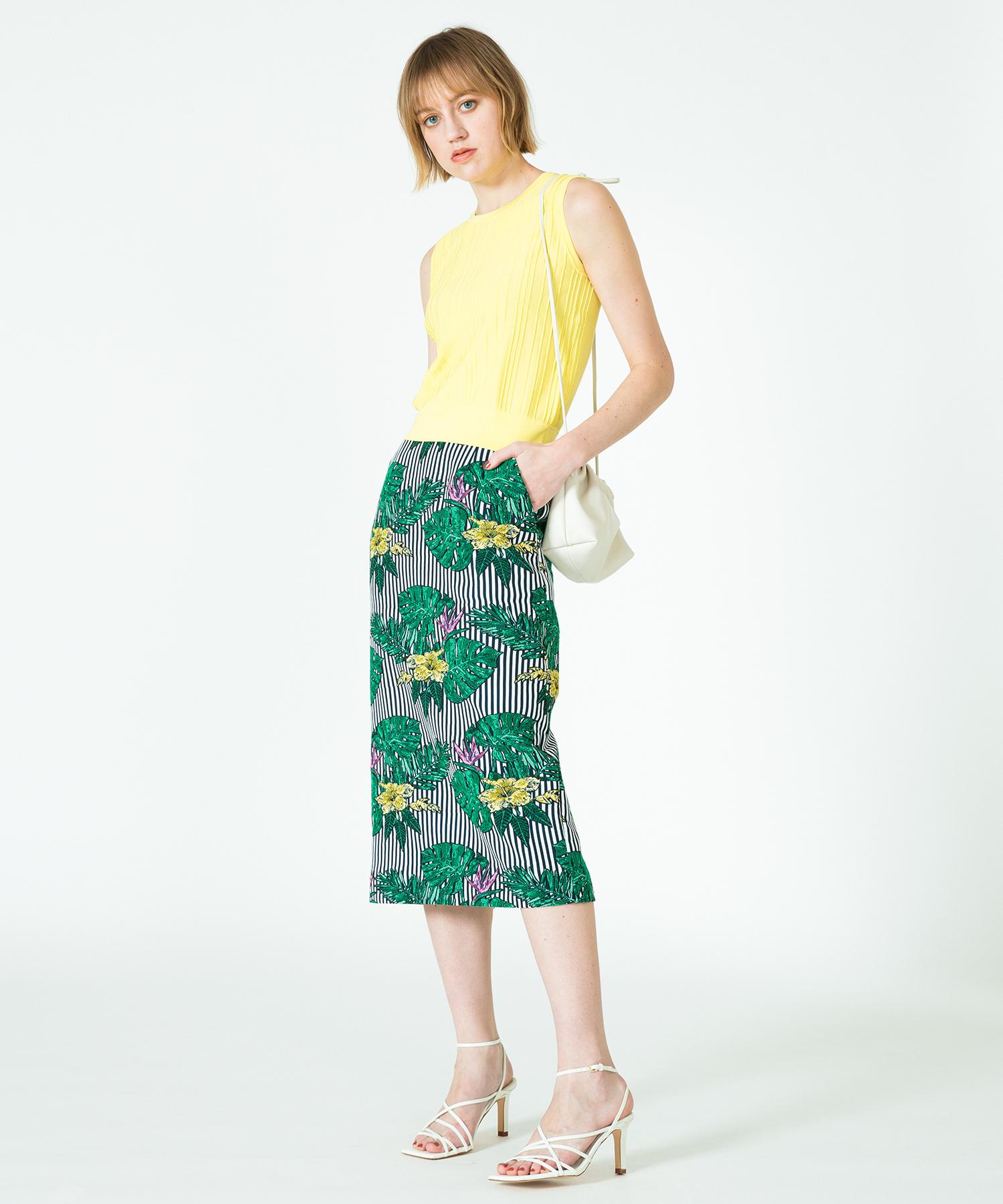 モンステラジャガードタイトスカート