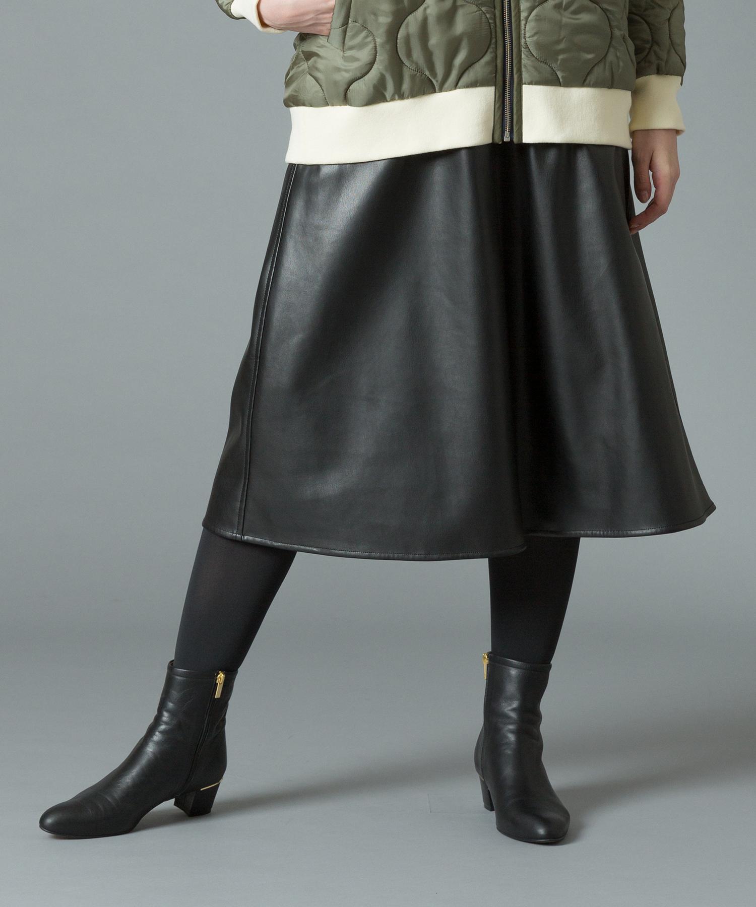 エコレザーセミフレアースカート