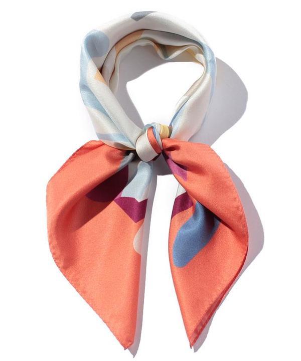 シルクツイルシューズモチーフスカーフ