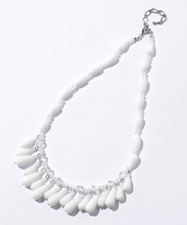 ホワイトガラスショートネックレス