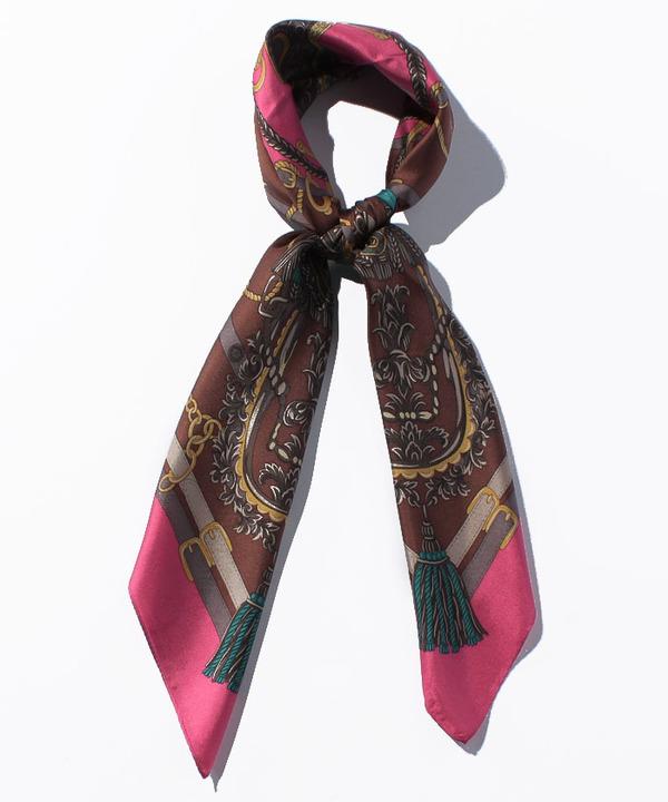 シルクタッセルモチーフスカーフ
