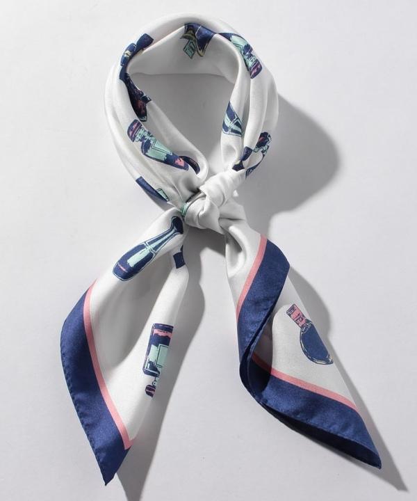 パフュームモチーフスカーフ