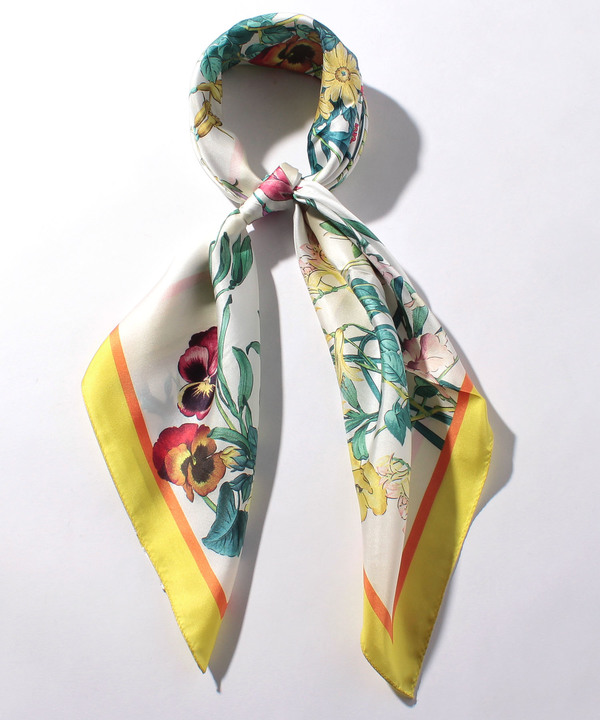 フラワーボタニカルプリントスカーフ