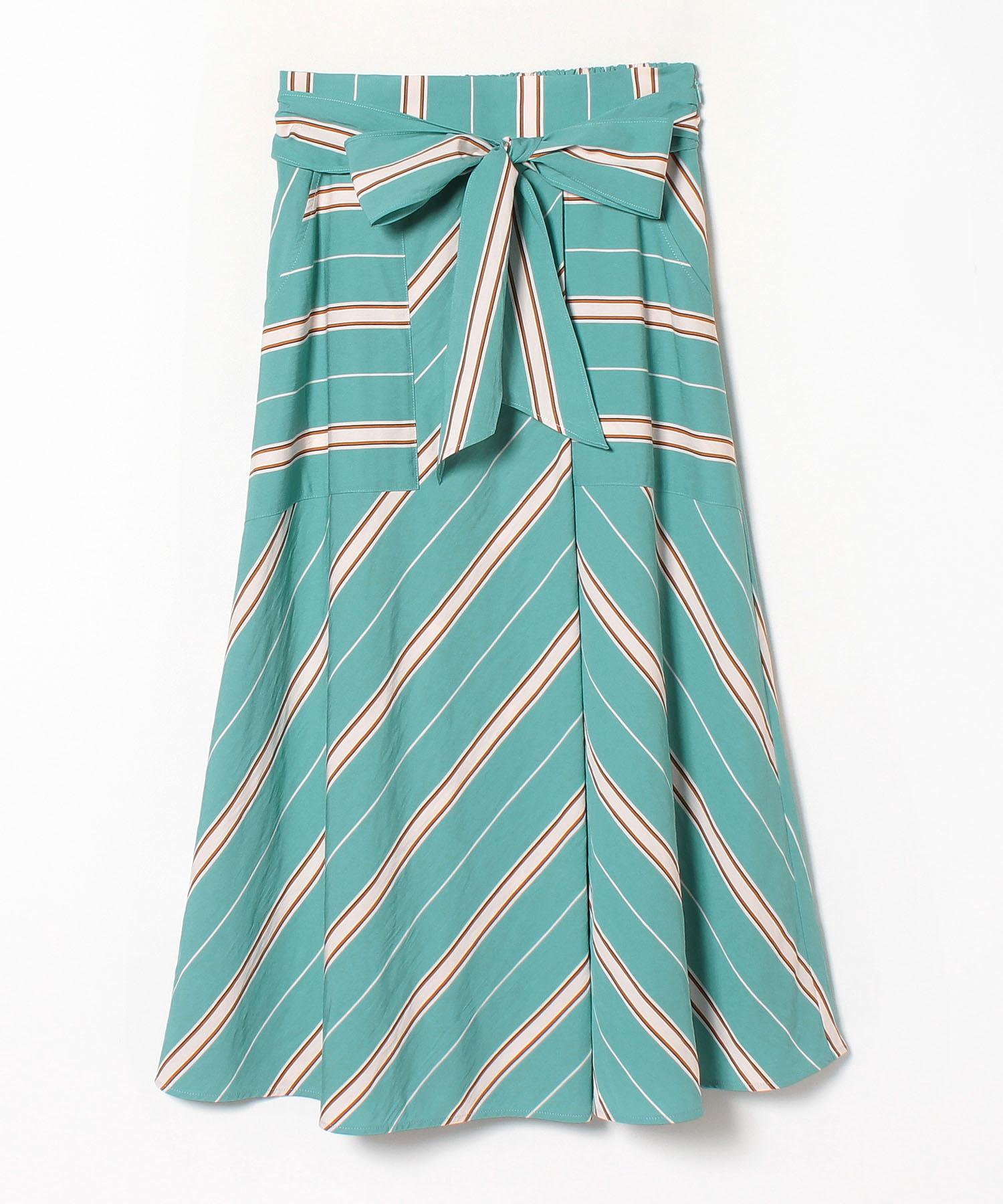 カラーストライプタックフレアスカート