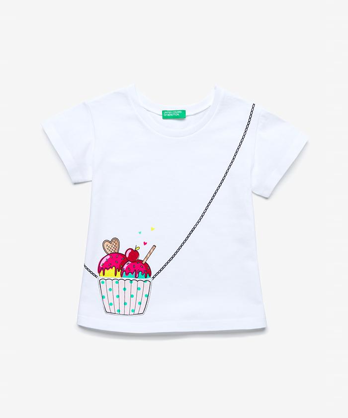 ポケット付きトロンプルイユTシャツ・カットソー