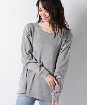 クルーネックニット・セーター