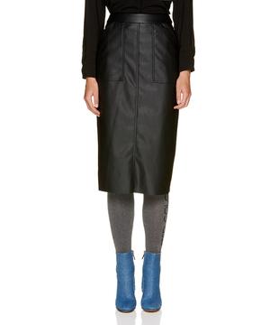 フェイクレザーバックスリットミディタイトスカート(NYLON JAPAN 10月号掲載)
