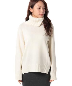 ウールハイネックオーバーサイズニット・セーター