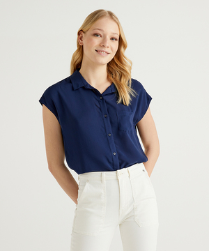 ポケット付きフレンチスリーブシャツ・ブラウス