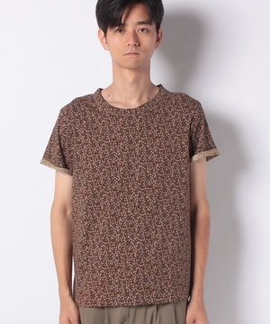 総柄Tシャツ・カットソー