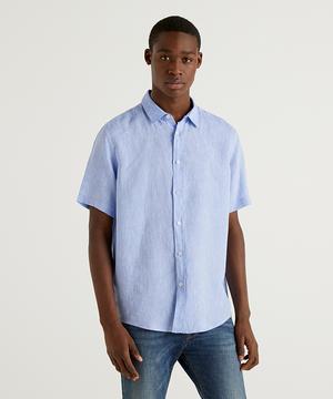 レギュラーフィット半袖リネンシャツ