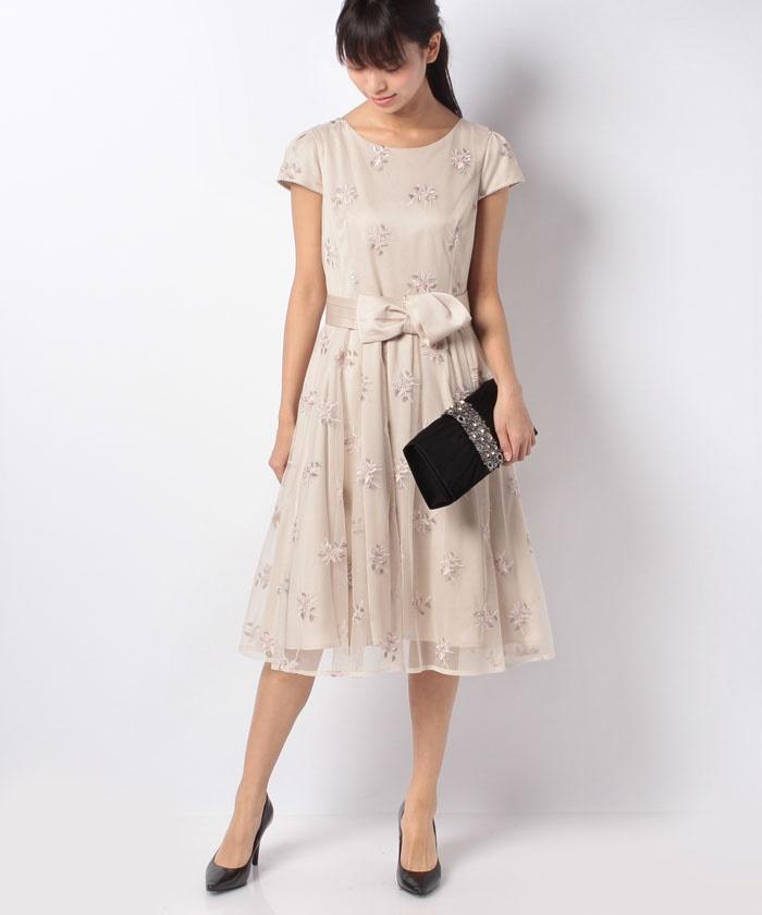 7a3c43a09d920 チュールフラワー刺繍ドレス -Laisse Passe Room|レッセ・パッセ直営通販サイト