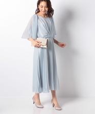 ケーププリーツドレス