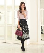 裾フラワースカート