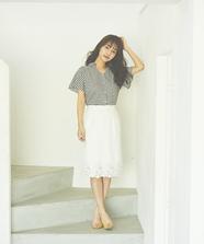 裾刺繍タイトスカート