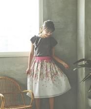 カラーフラワープリントスカート