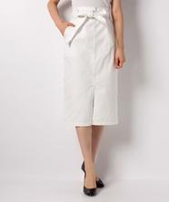ミディ丈ホワイトデニムタイトスカート