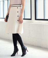 サイド釦フレアースカート