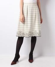 チェック刺繍スカート