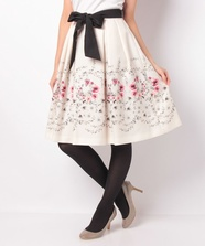 リングフラワープリントスカート