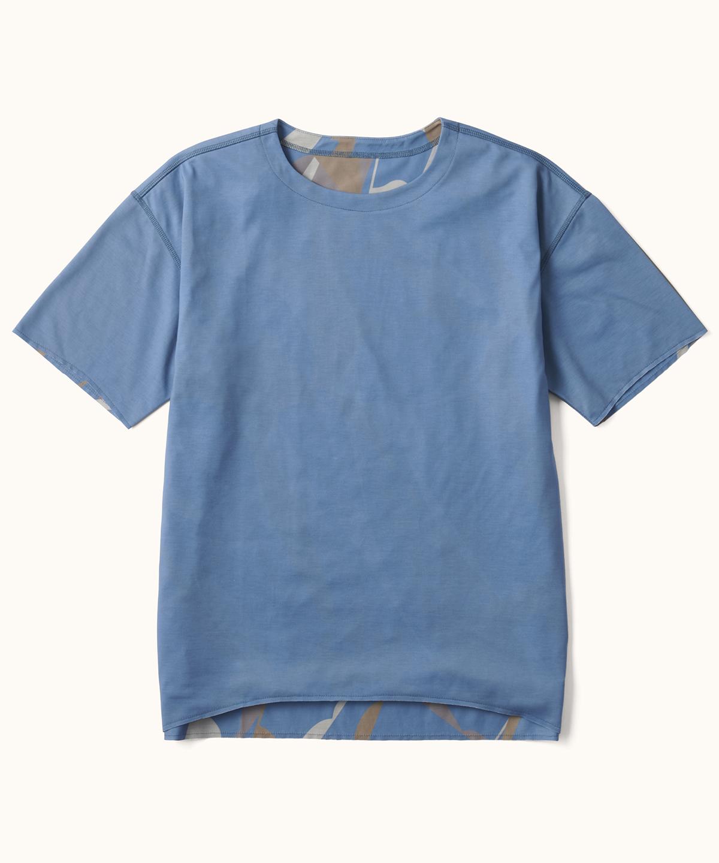 【ユニセックス】AIRDYEダブルプリントP.CAMO Tシャツ(RE:DESCENTE)