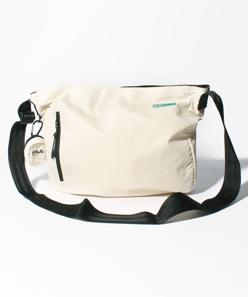 BTS着用モデル FILA軽量メッセンジャ―バッグ