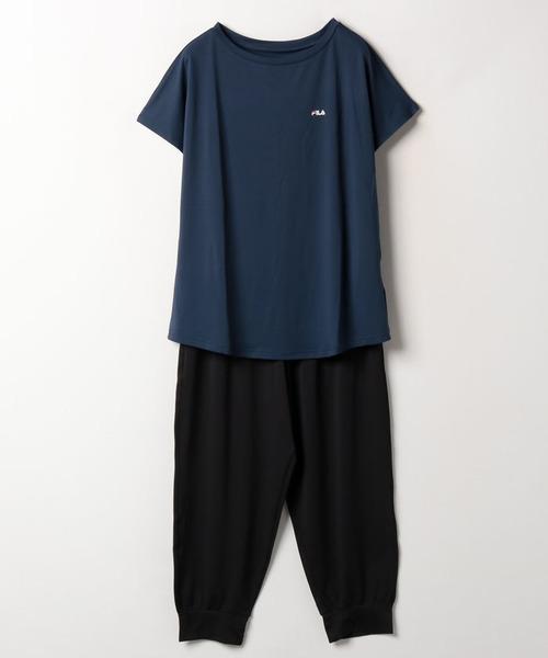 【フィラ】無地TEEシャツ+カプリパンツ