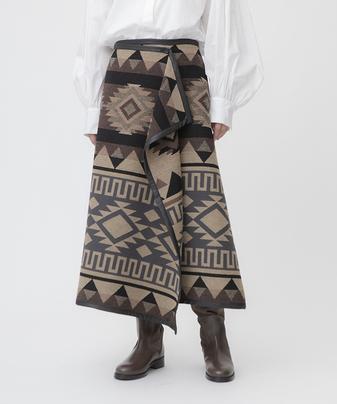 パネルジャガードラップスカート