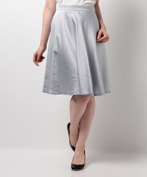ソアパールサテンスカート