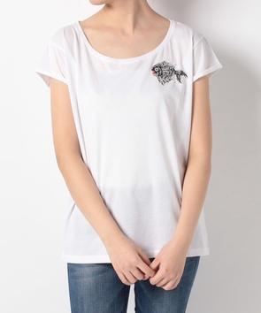フィッシュモチーフ付クルーネックTシャツ