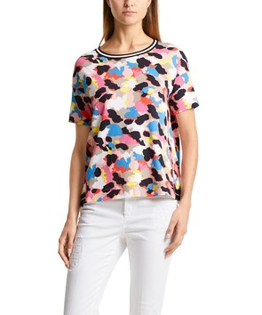 カラフルプリントTシャツ