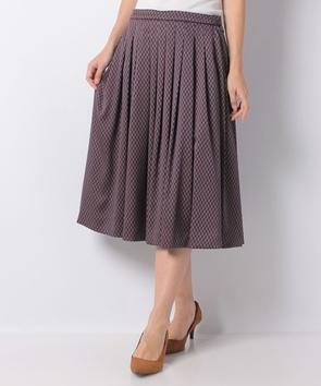 モノグラムプリントスカート