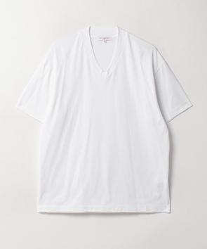 Vネック半そでTシャツ