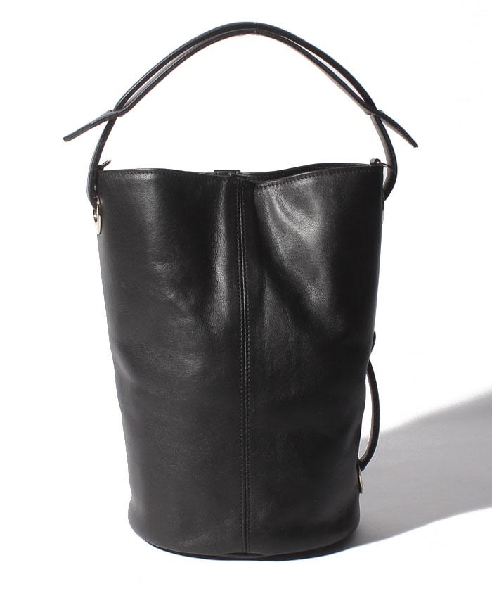 アマレッティ バケツ型バッグ