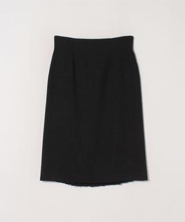 バックプリーツスカート