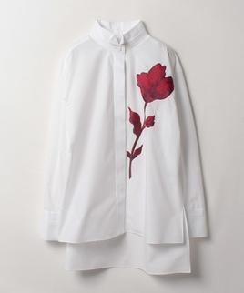花刺繍ブラウス