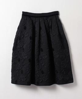 フラワー模様スカート