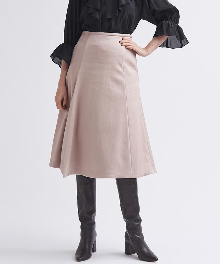 サテンドレープスカート