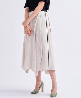 サイドラインサテンスカート