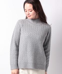 GOBIカシミヤ ケーブル編みセーター