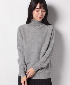GOBIカシミヤ ケーブル柄×天竺表目 タートルネックセーター